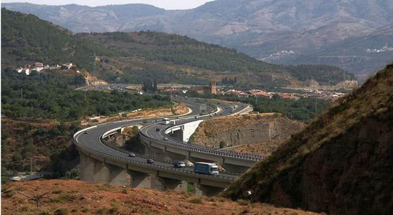 Iohannis a discutat cu Ponta despre autostrada Sibiu – Brașov: Ar costa mai puțin decât cea spre Pitești