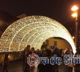 tunel de lumini pe podull minciunilor 11