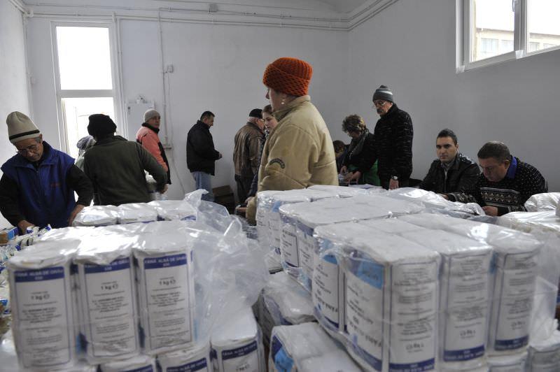 Alimentele de la UE rămase în depozitul Primăriei Sibiu se redistribuie. Cine sunt beneficiarii