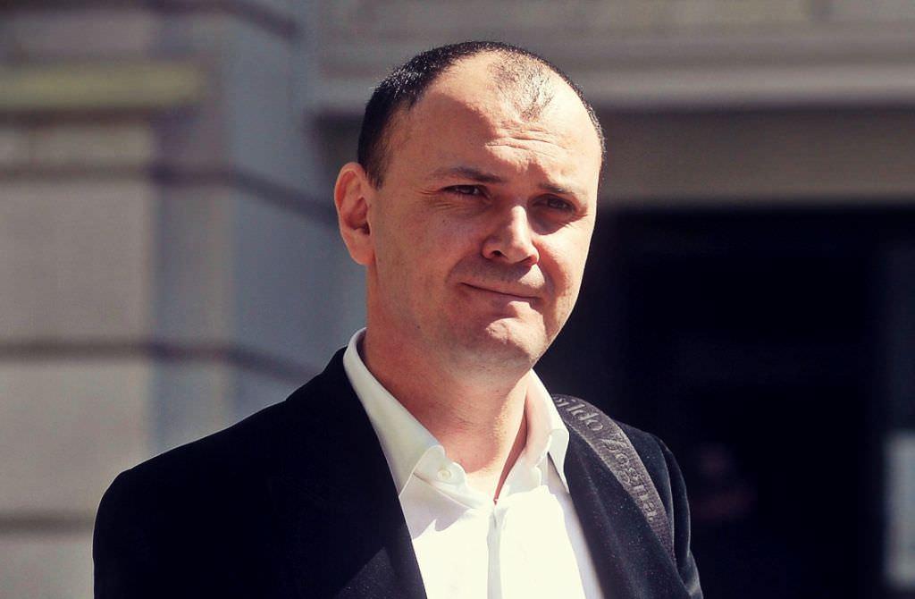 Sebastian Ghiță se află în Serbia și ia în calcul să plece în Rusia