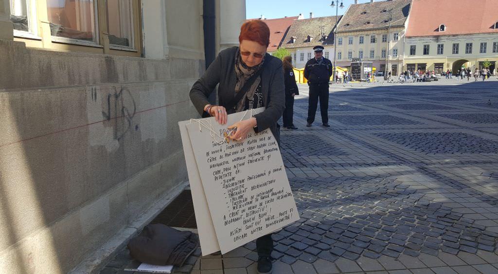 protest strada brukenthal sibiu muzeu mariana contabila 2