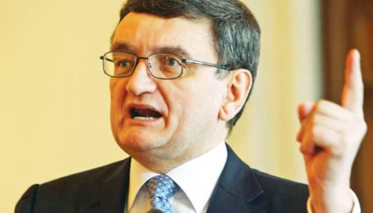 Ciorbea vrea miniştri penali în Guvern. A făcut sesizare la Curtea Constituțională
