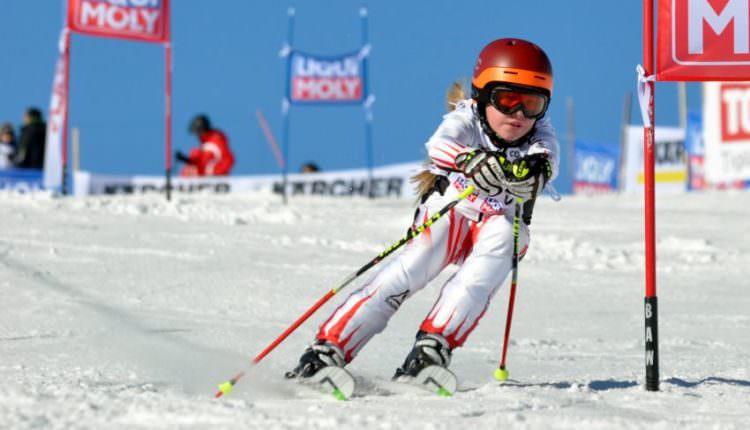 Start la înscrieri pentru Cupa de Ski a Consulatului Austriei. Competiția are loc în Poiana Brașov