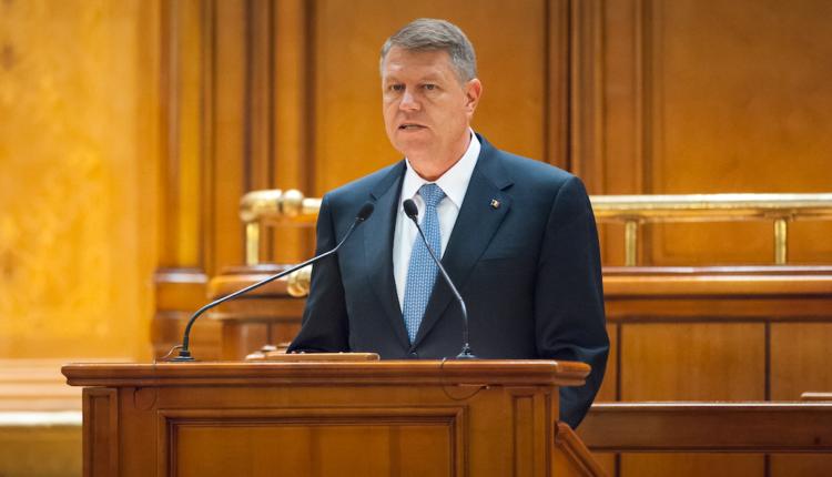 Iohannis a promulgat bugetul statului pe 2017. Cu obiecții