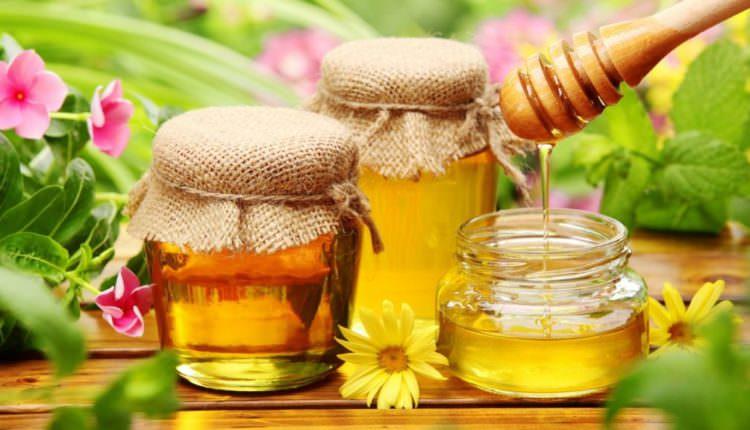O companie din Sibiu a exportat miere de aproape două milioane euro