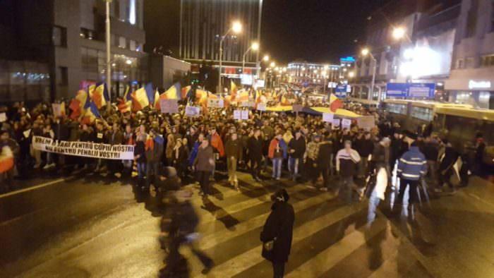 ziua 6 protest 20.000