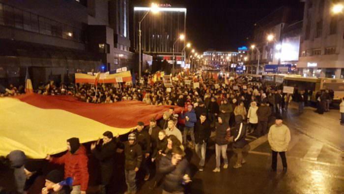 ziua6 protest 20.000 1