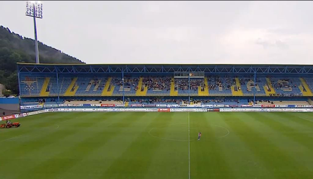 stadion medias