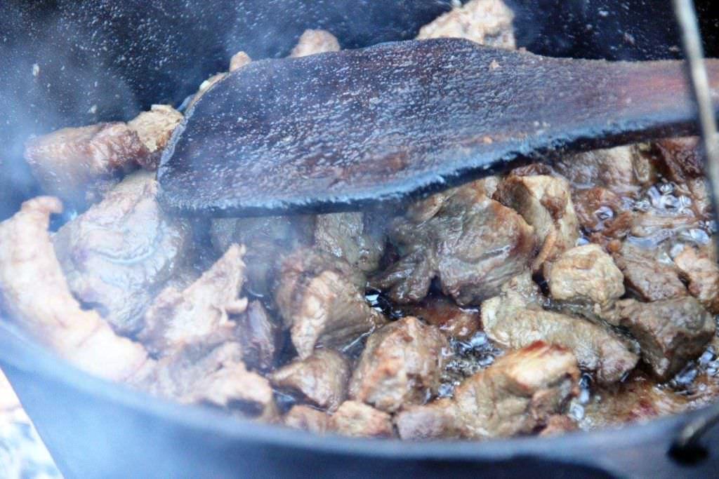 carne de porc la ceaun