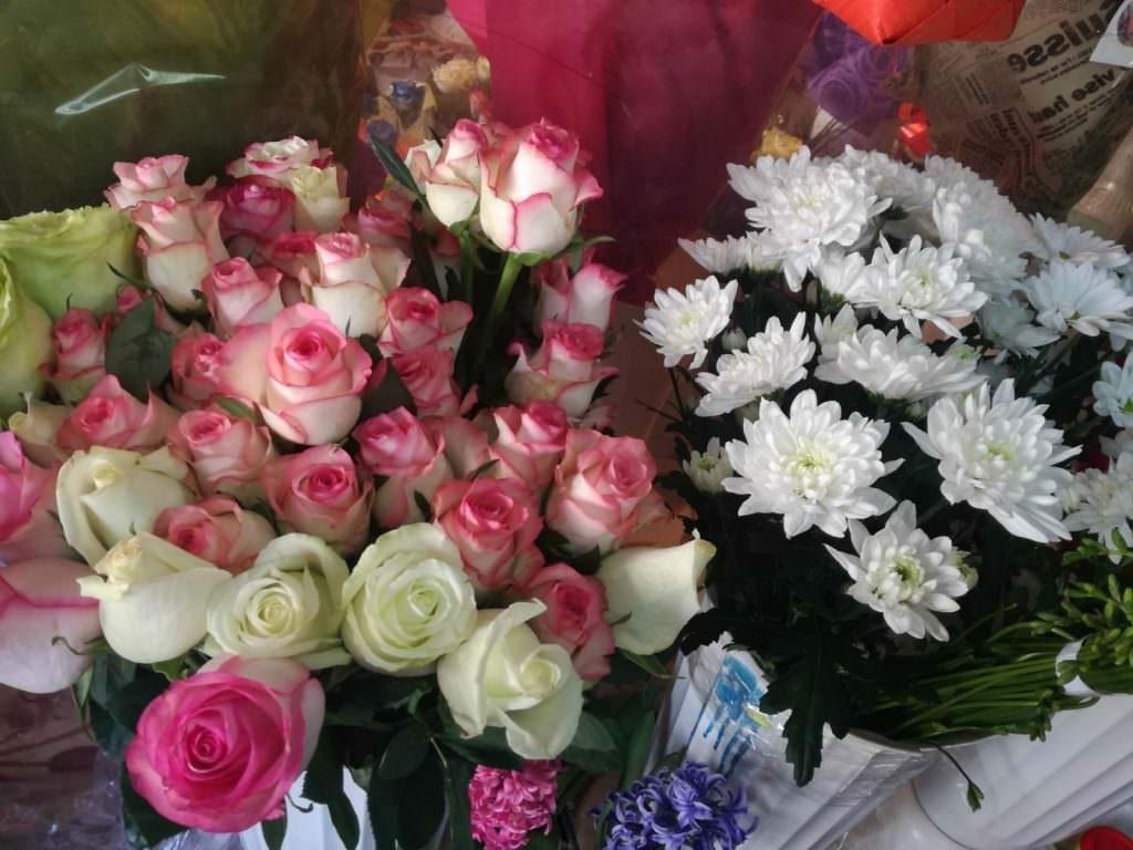 8 martie flori 19