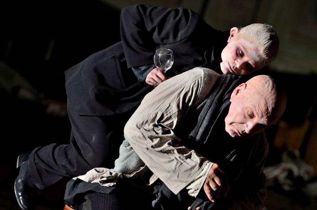 Faust regia Silviu Purcărete cu Ofelia Popii și Ilie Gheorghe 12