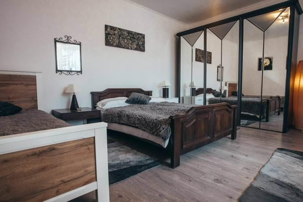 airbnb denhouse