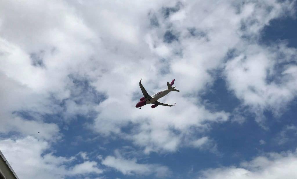 avion wizz 2