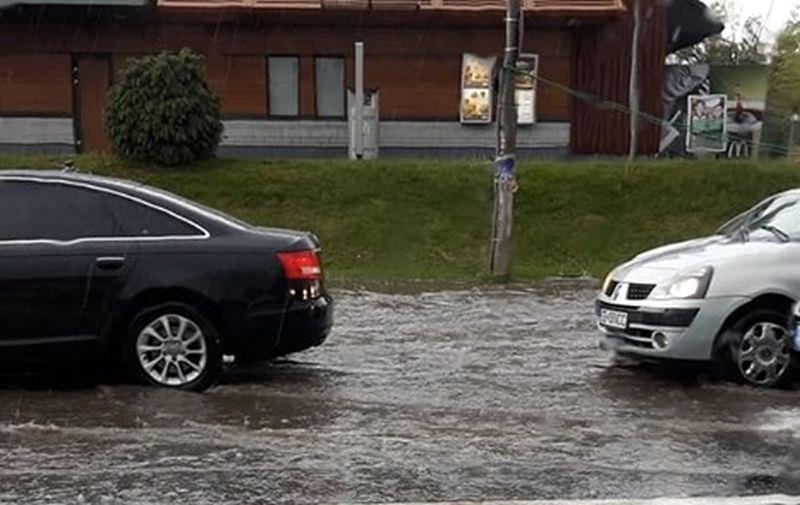 inundatie strada