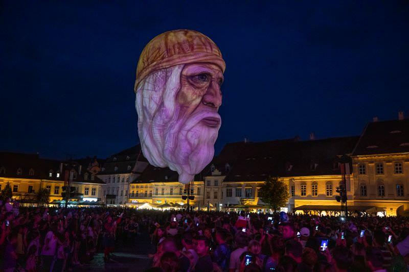 Leonardo da Vinci Vise si Cosmaruri Grimm 1