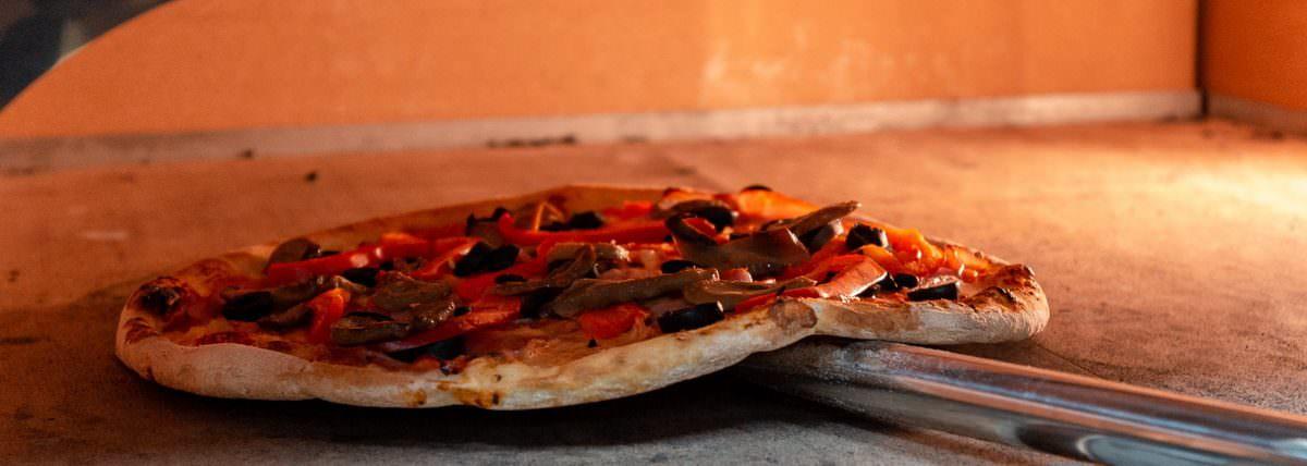 speedy pizza sibiu 6