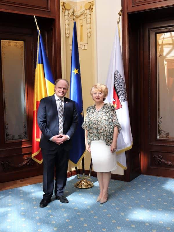 Ambasador Canada Kevin Hamilton