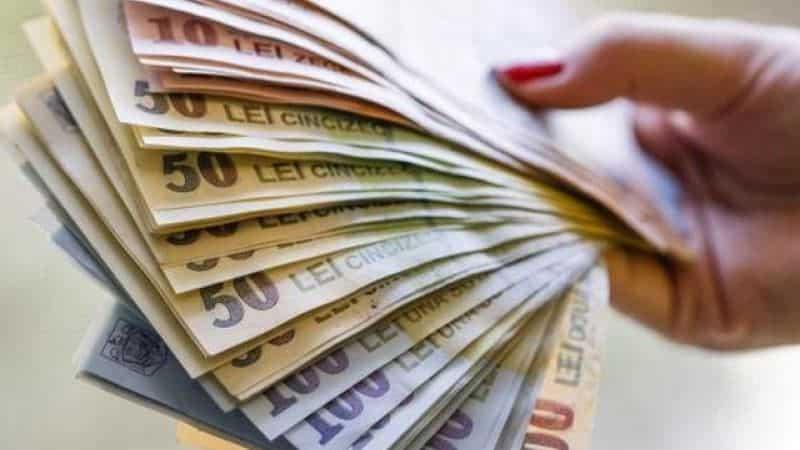 Banii în mișcare. Cât de bogați sunt, în realitate, românii?