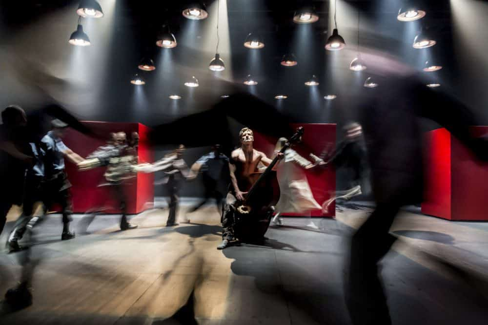 Measure for Measure Cheek by Jowl foto credit Johan Persson