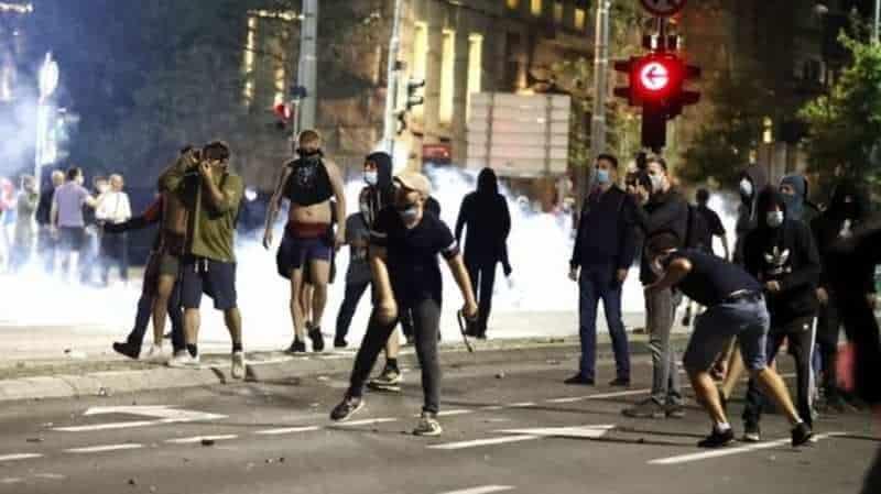 protest serbia epa