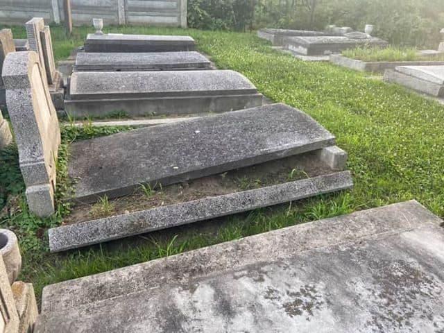 cimitir talmaciu