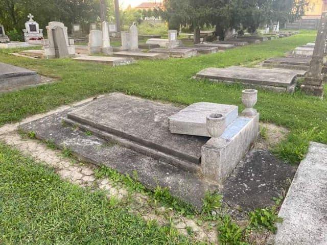 cimitir talmaciu3