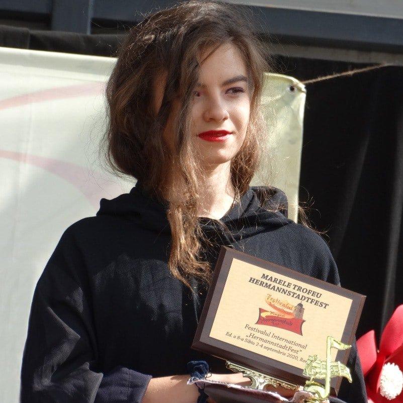 Iulia Perpelea