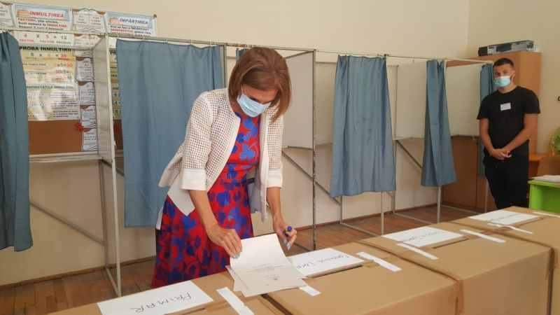 vot carmen iohannis