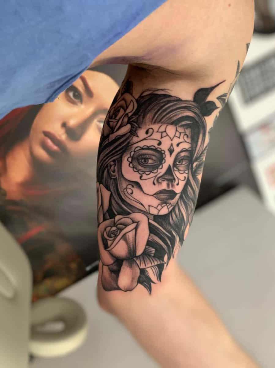 red tattoo cristi nitu 17