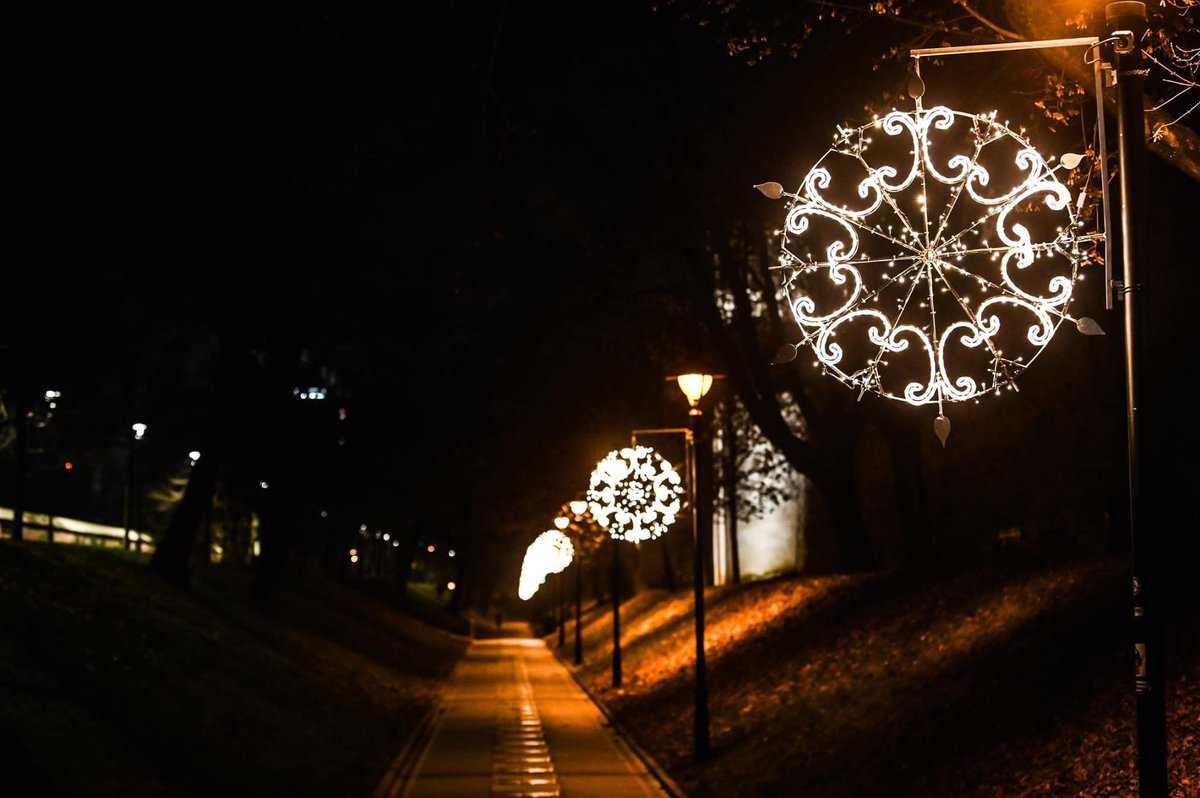 iluminat festiv8