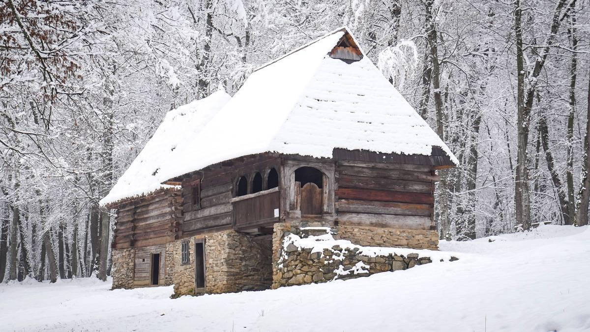 Muzeul Satului Iarna 24