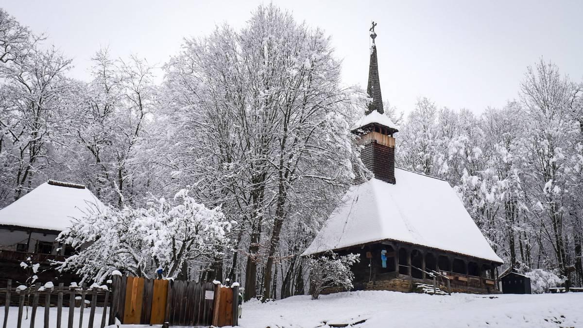 Muzeul Satului Iarna 29