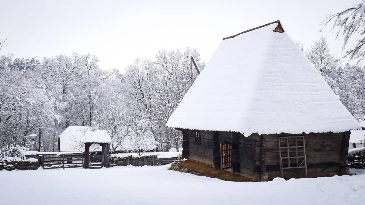 Muzeul Satului Iarna 31