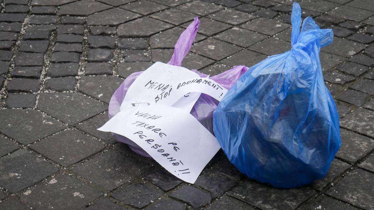 Protest Gunoaie Piata Mare 28