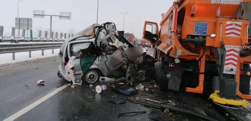 accident autostrada masina deszapezire 1