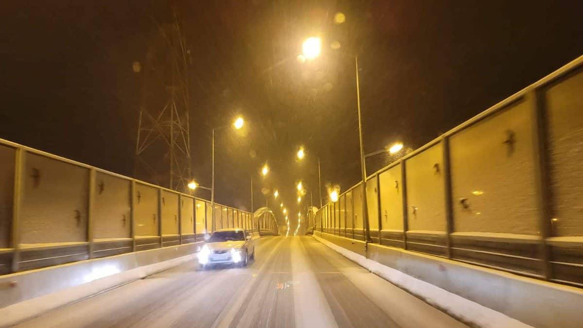 trafic iarna sibiu noaptea 11