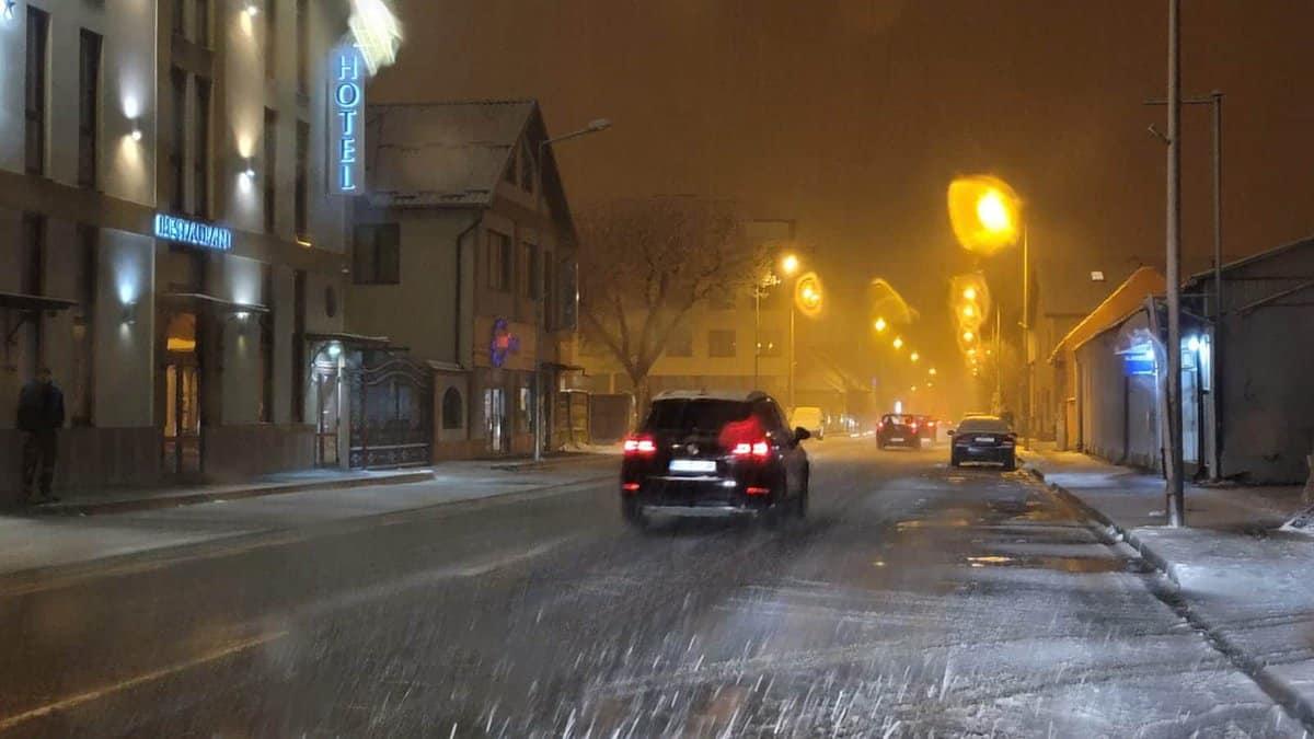 trafic iarna sibiu noaptea 8