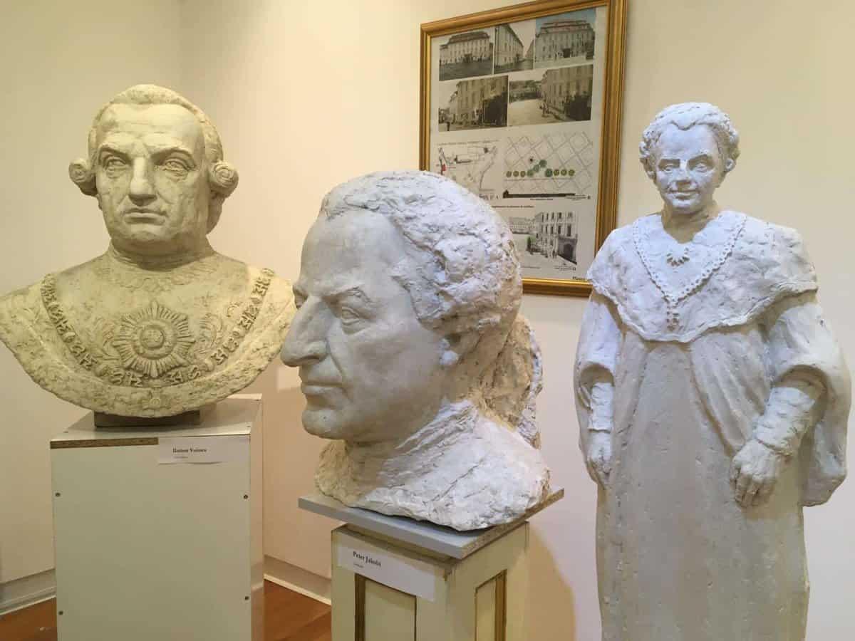 statui muzeul brukenthal 4