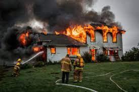 1 incendiu case cos de fum foc