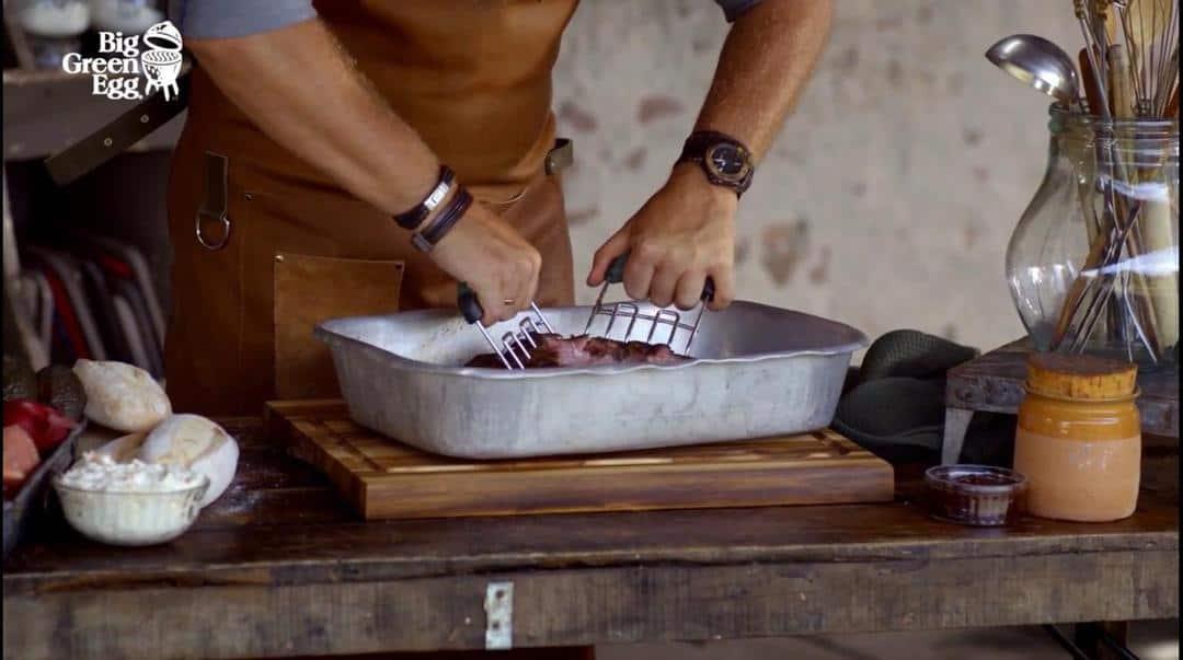 5 gheare maruntit carnea gratar ceramic big green egg