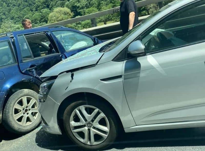 accident doua masini