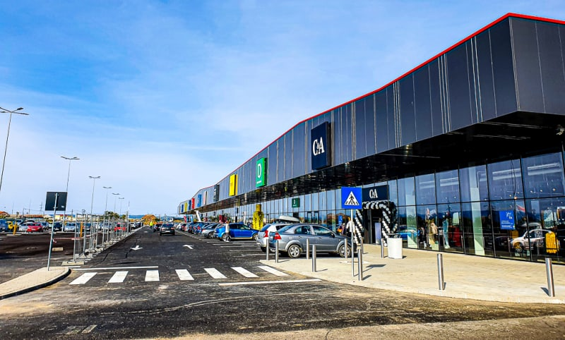 Prima Shopping Center DESCHIDERE 01